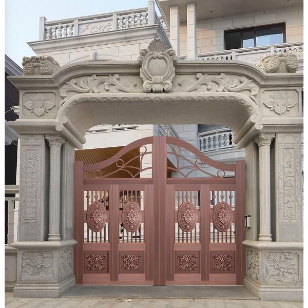 铜庭院大门