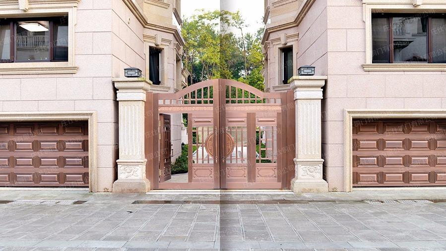 庄仕铜门之庭院铜门安装案例