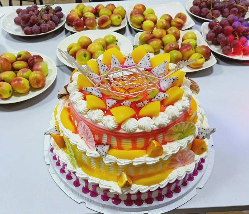 生日蛋糕 庄仕铜门